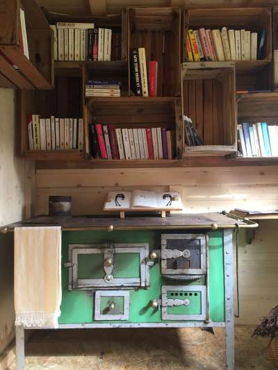 Little Free Library: tol n liber e lascene un!